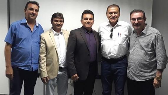 Prefeito Vanderley Nogueira é eleito novo Presidente do...