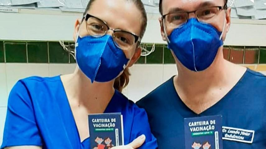 Imagem 2 da notícia Colaboradores do CEO Regional de Russas recebem vacina contra a Covid-19
